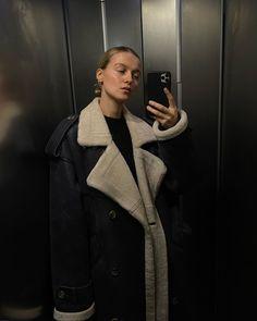 """Marie von Behrens on Instagram: """"Elevator dump (:"""" Marie Von Behrens, Winter Outfits, Black Outfits, Winter Wardrobe, Instagram Story, Photo And Video, My Style, Fitness, Women"""