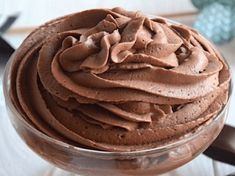 Chocolate mousse with mascarpone is a foam made of dark chocolate, . Chocolate Cake Recipe Easy, Chocolate Recipes, Chocolate Chocolate, Food Cakes, Easy Cake Recipes, Gourmet Recipes, Gourmet Foods, Molecular Gastronomy, One Pot Meals