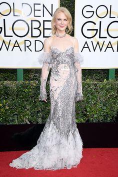 NICOLE KIDMAN In an Alexander McQueen gown, Golden Globes 2017 Red-Carpet Looks