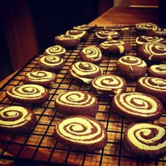 Recipe: Pinwheels – Vanilla & Chocolate Grace – Twitter The Print Makers Bakery Grace – Instagram The Print Makers Bakery Word and photos by Grace Here's my most recent baking experiment…. Being a big lover of baking, it was very easy for my family to base my Christmas pressies around baking. A range of recipe books was … - See more at: http://www.hark1karan.com/category/culture-2/food-general/#sthash.VlpfNCfF.sw8i1JZV.dpuf  http://www.hark1karan.com/recipe-pinwheels-vanilla-chocolate/