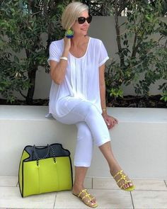 The Best Fashion Ideas For Women Over 60 - Fashion Trends Fashion Over 40, 50 Fashion, Look Fashion, Fashion Outfits, Fashion Trends, Plus Size Fashion For Women, Fashion Tips For Women, Clothes For Women Over 40, Sixties Fashion