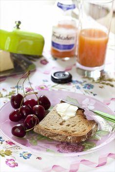 Jus de fruits pour le petit déjeuner  http://www.panierdesaison.com/2014/07/frobishers-les-jus-100-naturels.html