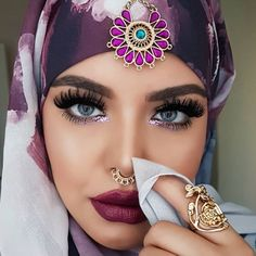 Exotic Beauties, Muslim Fashion, Romantic, Eyes, Lady, Makeup, Foundation, Oil, Beauty