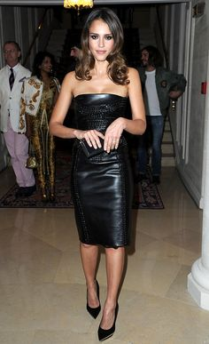2 Hot 2 Handle. This week's best-dressed celebs include Jessica Alba, Beyonce, and Blake Lively!  –  By Matt Whitfield, Yahoo! Staff