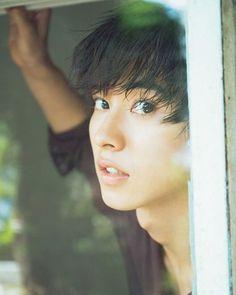 11月25日に2017年カレンダーが発売決定  #山﨑賢人