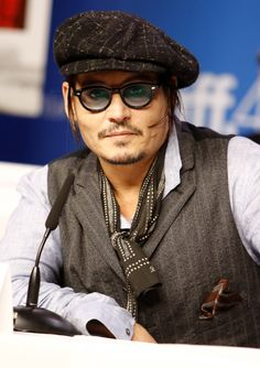 Johnny Depp Salutes The Late Wes Craven - Yahoo Movies UK