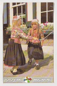 Marken klederdracht ng nr 1598, Mucah Shop #NoordHolland #Marken