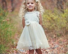 Bloemenmeisje jurk Lace bloemenmeisje jurk door ThreeMagicBirds