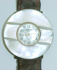 """Perlmutt-Uhr / """"Mother of pearl"""" - watch"""