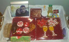 Desayuno para su chico! Casi todo dulce con galletas y cupcakes!