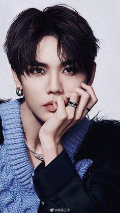 Chinese Boy, Handsome, Kpop, Actors, Boys, Dramas, Dark, Nice, Beautiful Boys