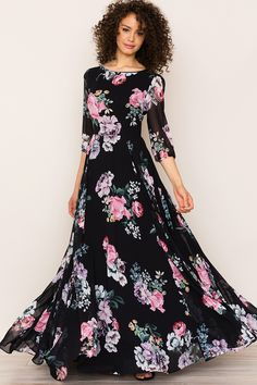 Romantic Woodstock Floral Maxi Dress With Sleeves by Yumi Kim. A floral print complements the elegant, bohemian feel of it. Details include a full-length skirt, blouson sleeves, and hidden back zip. Modest Outfits, Modest Fashion, Casual Dresses, Fashion Dresses, Maxi Dress With Sleeves, Chiffon Dress, Floral Print Maxi Dress, Indian Dresses, Designer Dresses