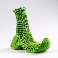 Ravelry: Treppenviertel Socks pattern by Nicola Susen