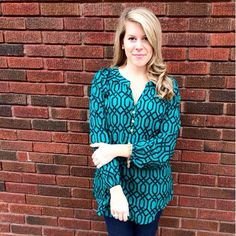 Go from the office to date night all in one Shabby & Chic Tunic!!  http://www.brandisboutiqueshop.co/item_2165/Mud-Pie-Teal-Black-Chain-Link-Tunic.htm. #brandisboutiqueshop