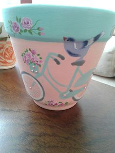 Clay Pot Projects, Clay Pot Crafts, Diy And Crafts, Painted Plant Pots, Painted Flower Pots, Flower Pot People, Decorated Flower Pots, Flower Pot Design, Flower Pot Crafts