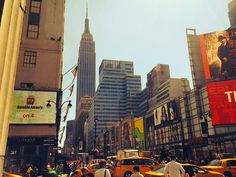 Tracy's New York Life | A Blog About Life in New York City --http://www.tracysnewyorklife.com/2014/09/things-that-happened-since-i-moved-to-NYC.html#.VAouTsSGvzY