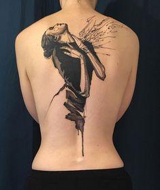 #blacktattoo #backtattoo #tattoo #loiseautattoo #faubourgtattooclub