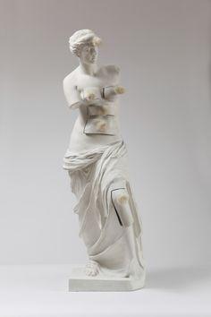 Salvatore DALI, Venus de Milo aux tiroirs 1964 Bronze 98.50 x 32.50 cm. TEATRE-MUSEU DALI