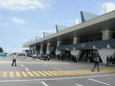 Resultado de imagem para aeropuerto de antofagasta chile
