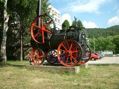 Steam Engine seen near Brezová pod Bradlom, Slovakia Steam Engine, Cannon, Engineering, Vehicles, Car, Technology, Vehicle, Tools