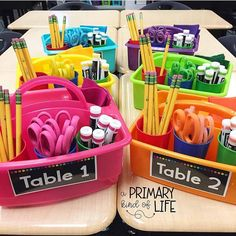 83 Best Classroom Organization Ideas – Chaylor & Mads More from my siteThe Ultimate List of Classroom Management StrategiesKeep your organization game strong this year with the cutest shelves around Transparentes 2019 2nd Grade Classroom, Future Classroom, Year 2 Classroom, Student Supply Organization, Organization Ideas, Organizing, School Supply Caddy, Classroom Organisation Primary, Classroom Cubbies