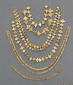 Gold Myenaean Necklaces: