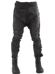 DEMOBAZA SIRIUS NYLON & JERSEY TWISTED PANTS, BLACK. #demobaza #cloth #pants