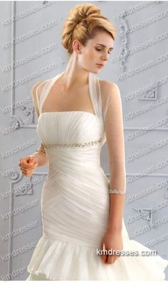 http://www.ikmdresses.com/luxurious-crystal-encrusted-organza-bridal-ball-gown-wedding-dresses-p61181