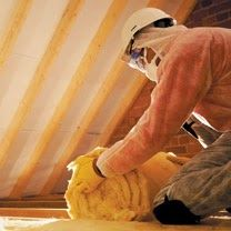 How to properly insulate your loft. This article shows how you can insulate your loft yourself (DIY project) and save on heating bills. Loft Insulation, Household, Husband, Diy Projects, Decorating, Building, Ethnic Recipes, Food, Decor