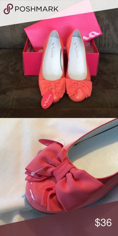 NWT! Girl's patent ballet style flat shoe Impossible to find!  This adorable patent ballet flat is perfect for Spring fashions.  Coral-colored with lovely crepe bow. Also available in mint green patent. NWT. Nina Shoes Dress Shoes