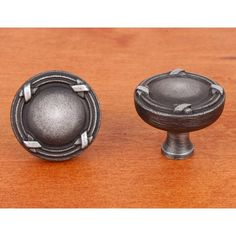 This distressed nickel finish cabinet knob with lines & crosses design from RK International is a perfect blend of craftsmanship in traditional and contemporary design to complement any decor.