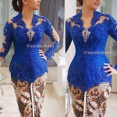 23 ideas dress brokat kuning for 2019 Vera Kebaya, Kebaya Lace, Kebaya Brokat, Batik Kebaya, Dress Brokat, Kebaya Dress, Batik Dress, Lace Dress, Lovely Dresses