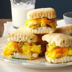 Taste of Home (April/May 2014): Prosciutto & Cheddar Breakfast Biscuits