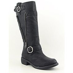 @Overstock - Rugged meets feminine style in the edgy Jessica Simpson Pepper boots. These motorcycle boots are made of synthetic leather with buckle and strap detail, a decorative side zipper, and finished with a smooth round toe. The soft fabric lining and...http://www.overstock.com/Clothing-Shoes/Jessica-Simpson-Womens-Pepper-Black-Boots/6757315/product.html?CID=214117 $129.99