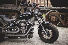 #fatbob #harleydavidson #fatbob2018 #fatbob2019 #fxfb #fxfbs #fatbob107 #fatbob114 #hd #fatbobcustom Harley Davidson Fat Bob, Harley Fatboy, Motorbikes, Motors, Classic Style, Motorcycles, Weapons Guns, Motorcycle, Motorcycle
