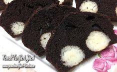 Sürprizli Kakaolu Kek