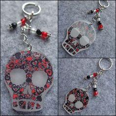 porte clef tête de mort rouge et noire