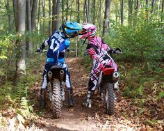 Helmet kiss. Dirt bike couple photography. Motocross love www.erinlynphotog...