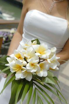 Der ideale Brautstrauß für eine Hochzeit am Strand.