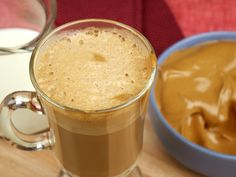 Uma das receitas mais pedidas nas nossas redes sociais, o Cappuccino Cremoso é delicioso, fácil de fazer e ainda da para deixar até 3 meses no freezer, para você tomar a qualquer hora!