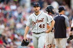 "Justin Verlander exits start with groin injury = Justin Verlander was removed in the second inning of a start against the Chicago White Sox on Sunday due to a tight right groin for ""precautionary"" reasons, the Detroit Tigers announced. The team has not....."