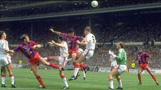 Crystal Palace 3 Man Utd 3 in May 1990 at Wembley. United come under pressure in the FA Cup Final. Fa Cup Final, Crystal Palace, Under Pressure, Finals, Soccer, The Unit, Sports, Hs Football, Hs Sports