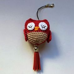 Little Owl Amigurumi: - Prom Hair Styles Crochet Patterns Amigurumi, Amigurumi Tutorial, Crochet Hats, Crochet Keychain, Crochet Earrings, Mobiles, Little Owl, Learn To Crochet, Prom Hair