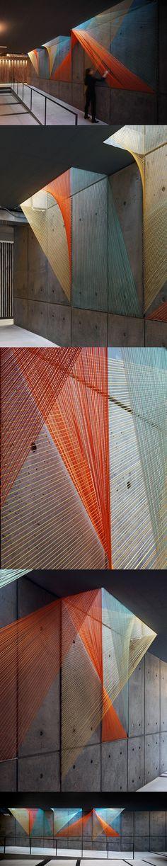 Playful Rope Installation by Inés Esnal Adds Multifaceted Color to Gray… Illusion Fotografie, Modern Art, Contemporary Art, Arte Linear, Rope Art, Environmental Design, Grafik Design, String Art, Public Art