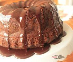 Como preparar um delicioso bolo de chocolate rapidinho.