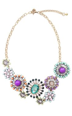 This statement necklace from ILY Couture is so fantastic. I am loving her stuff lately!