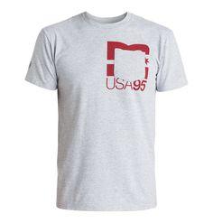 RD Underpocket - DC Shoes T-Shirt für Männer  RD Underpocket T-Shirt von DC Shoes. Die Eigenschaften dieses Produkts sind: kurze Ärmel, von Rob Dyrdek inspiriertes Design und Standard Fit. Dieses Produkt besteht aus: 100% Baumwolle.  Merkmale:  T-Shirt, Kurze Ärmel, Von Rob Dyrdek inspiriertes Design, Standard Fit, Softhand Ink Print,  Dieses Produkt besteht aus:  100% Baumwolle,  ...