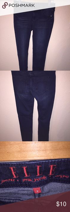 """ELLE Jeans - Juniors - Stretch - Size 2 This is a like new pair of ELLE juniors jeans. Dark wash, Size 2, Stretch, 8"""" Rise, Inseam 30"""". ELLE Jeans"""