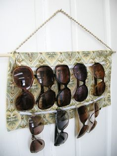 DIY Sunglass Holder, Easy Sewing project, Homemade sunglass holder, sunglass holder, accessories holder, Fabric sunglass holder, How to sew a sunglass holder, how to make a sunglass holder, how to make an accessories holder