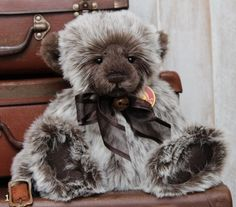 New **COLLECTABLE HANDMADE JOINTED CHARLIE BEAR ~ BUDDY** 34cm